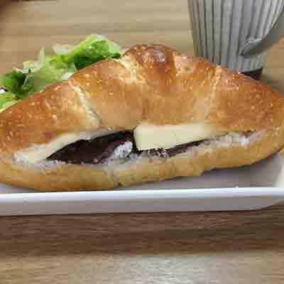 リコッタチーズのあんバターサンド