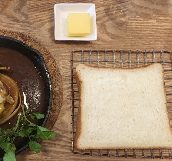 午後の食パン