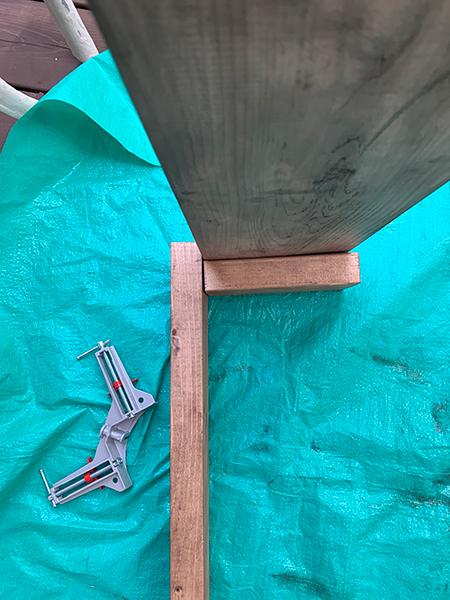 オープンシェルフの組み立て