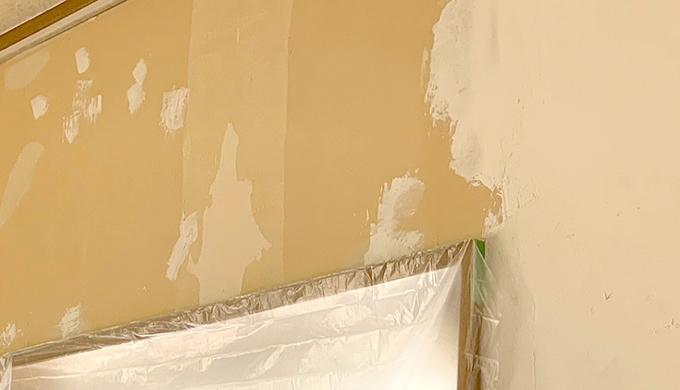 漆喰の塗り継ぎを目立たせない塗り進め方