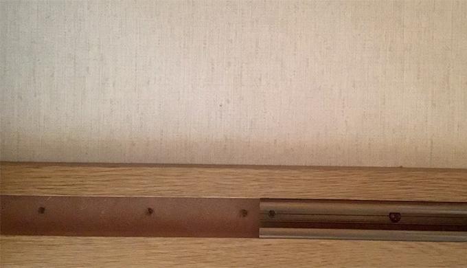 クローゼットの扉の外し方